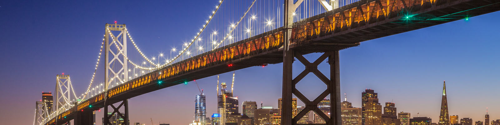 This is an image of the Oakland Bay Bridge. ASTA-USA provides professional translation services in Oakland.