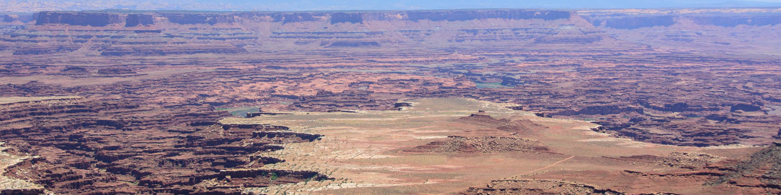 This is an image of a large canyon near Overland Park. ASTA-USA provides professional translation services in this city.