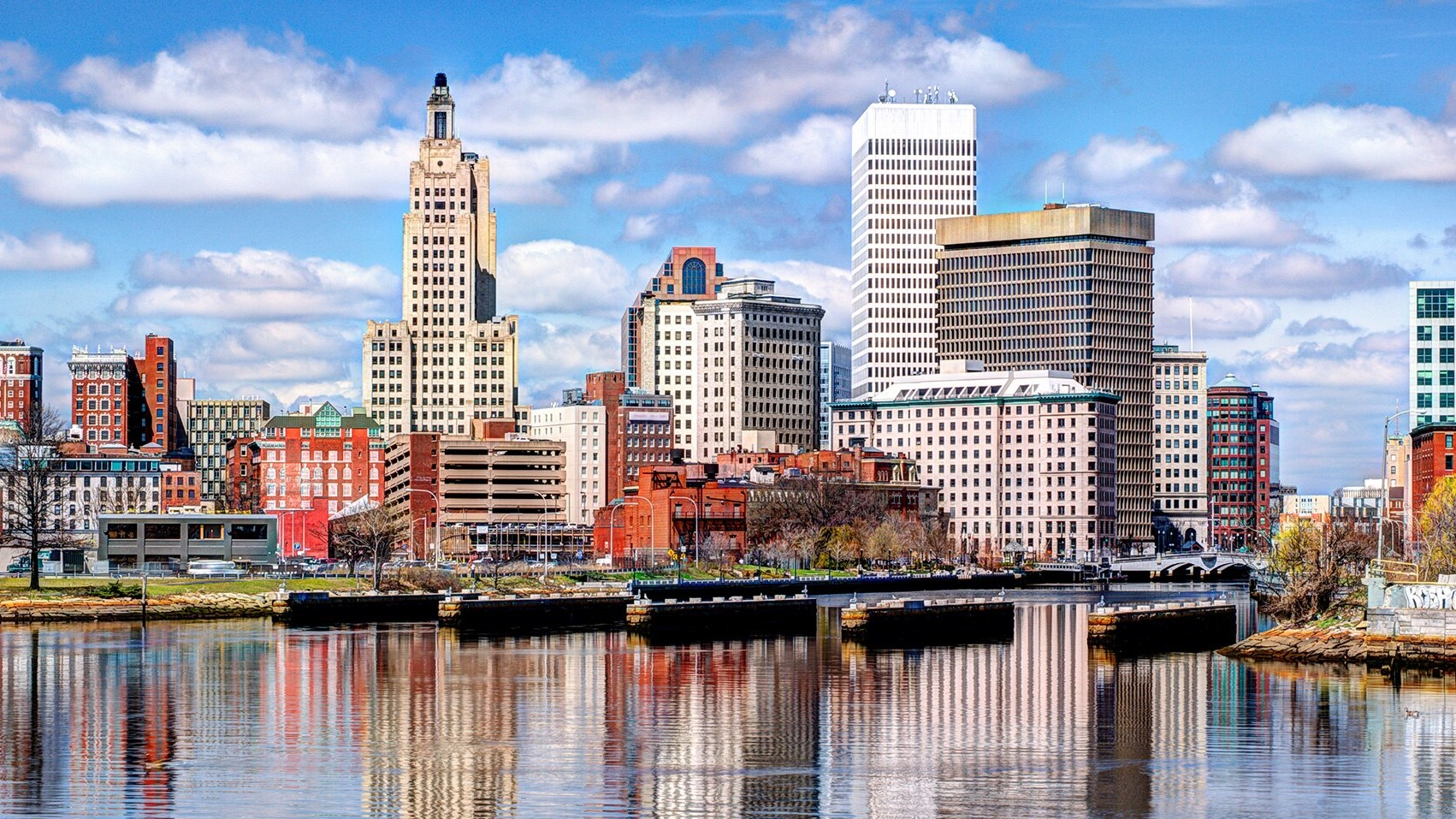 This is a skyline of downtown Rhode Island during the day.